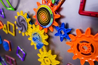 WeeBee Toys Magnet Wall